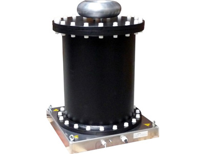 Oil immersed isolation transformer